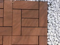 Piastrelle per esterno cm.30x30 su portobello.it materiali edili
