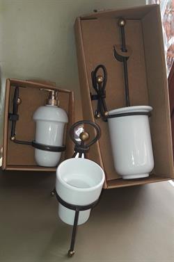 Accessori Arredamento Per Il Bagno.Accessori Arredo Bagno Su Portobello It Arredamento Casa